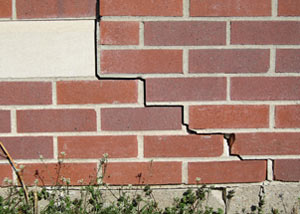 a foundation wall crack on a Wadsworth home.